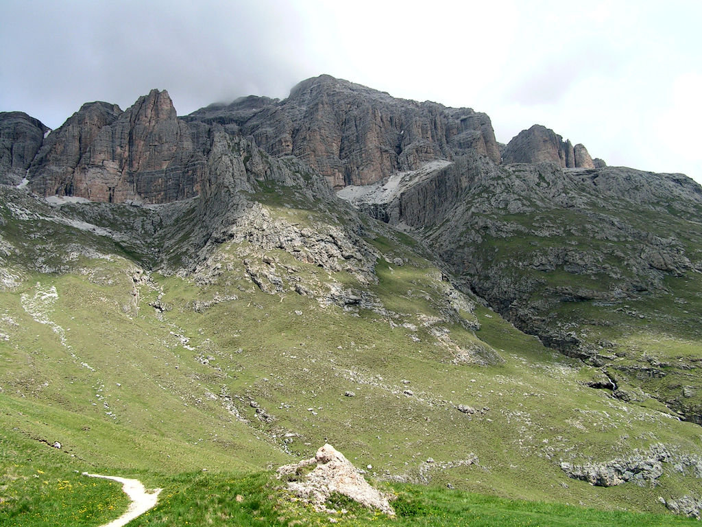 Dolomitas italianas - la via ferrata Giovanni Lipella 07.jpg