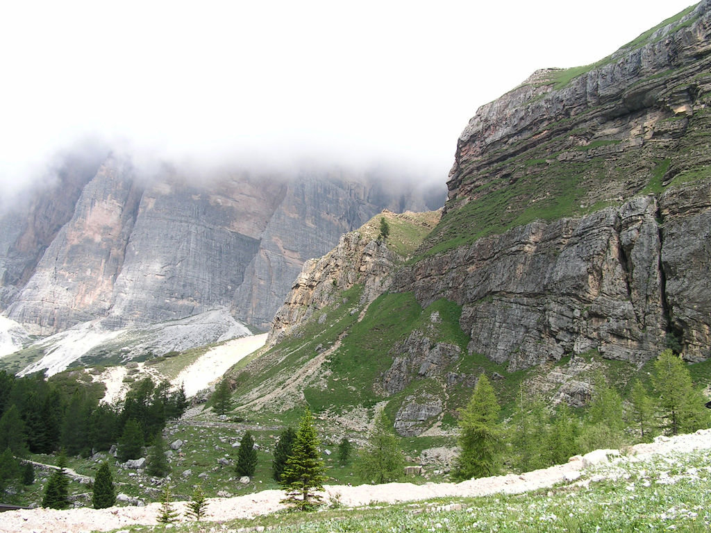 Dolomitas italianas - la via ferrata Giovanni Lipella 09.jpg