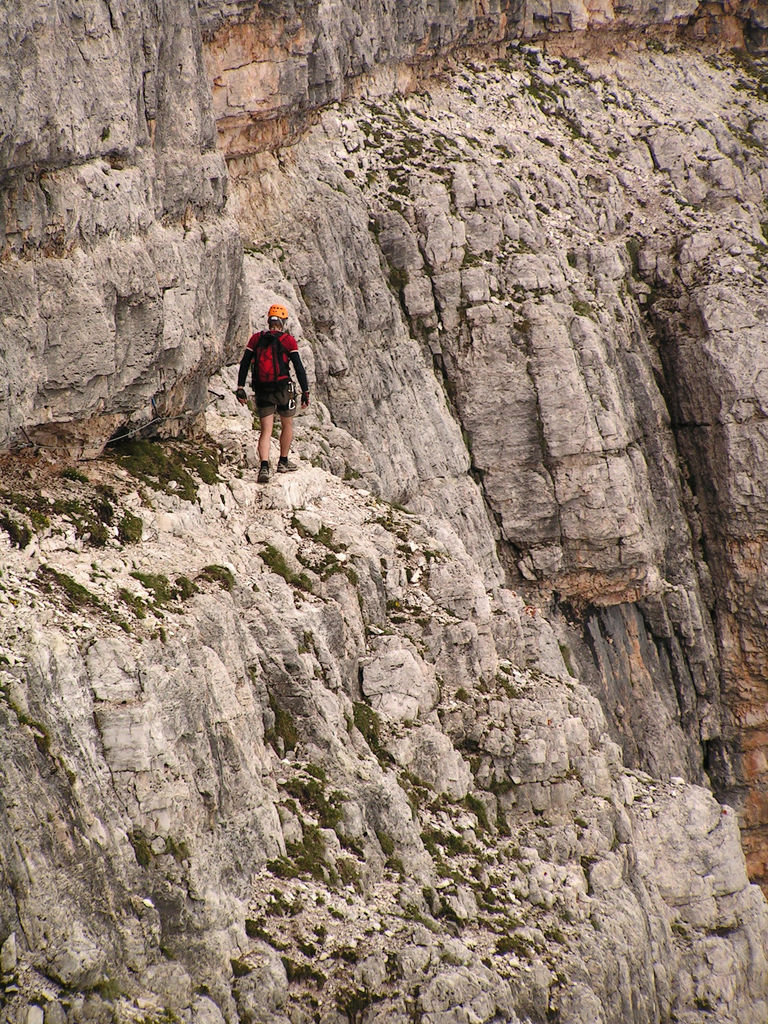 Dolomitas italianas - la via ferrata Giovanni Lipella 28.jpg