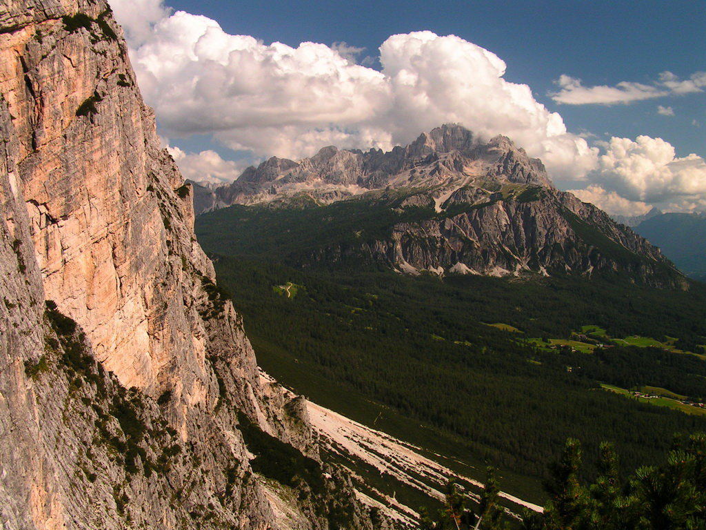 Dolomitas italianas - la via ferrata Michielli Strobel 25.jpg