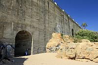 Espana-la-pared-artificial-de-escalada-en-sant-pol-de-mar-foto-01.jpg